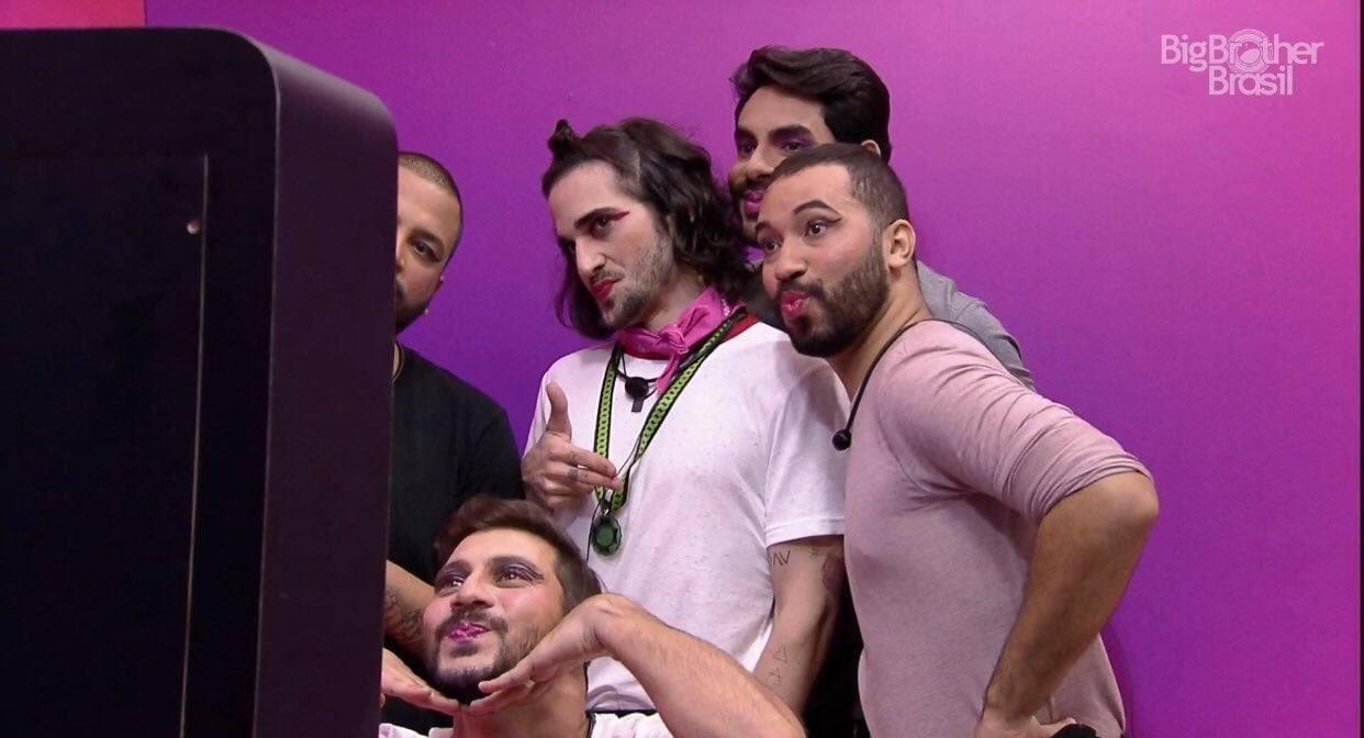 Na imagem, brothers do BBB21
