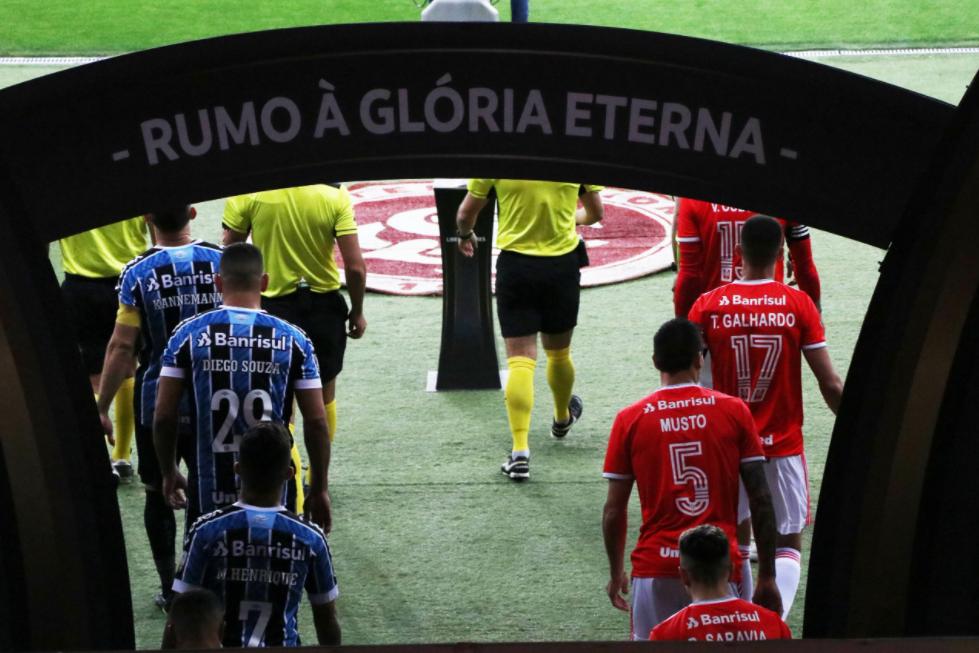No clássico Gre-Nal, Grêmio permanece freguês do Inter