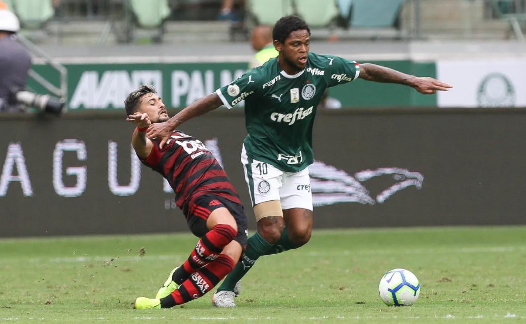 Saiba onde assistir o confronto entre Flamengo e Palmeiras pelo Brasileirão