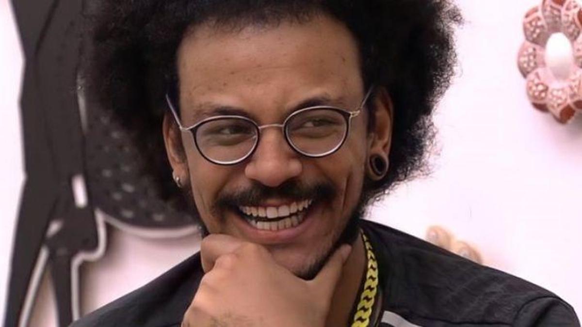 Na imagem João, líder do BBB21