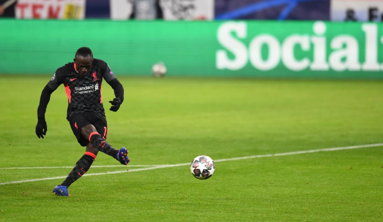 Liverpool vence RB Leipzig com gols de Salah e Mané