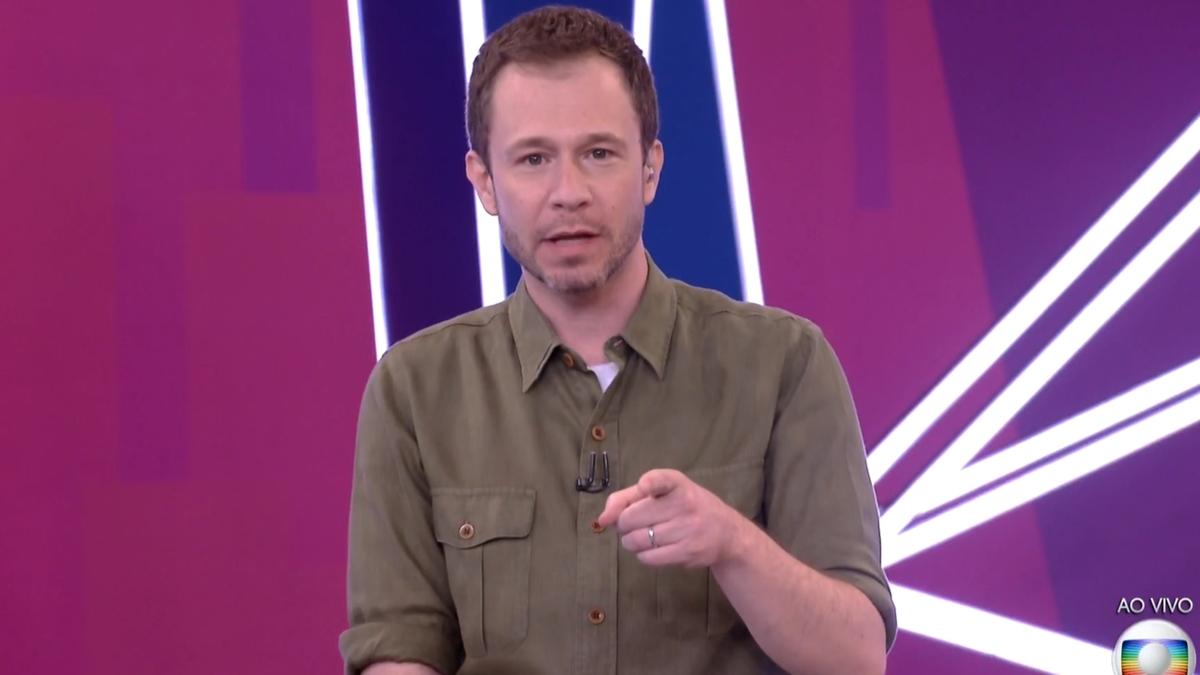 Imagem mostra Tiago Leifert apresentador do BBB21