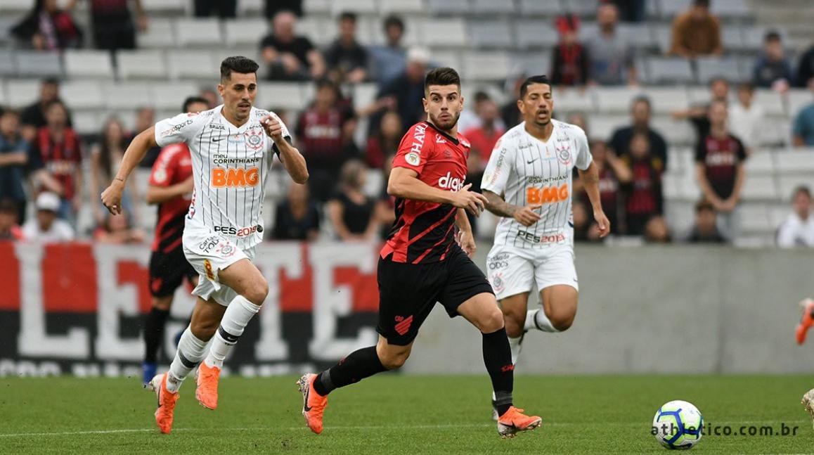 Confira onde assistir o jogo entre Corinthians e Athletico-PR