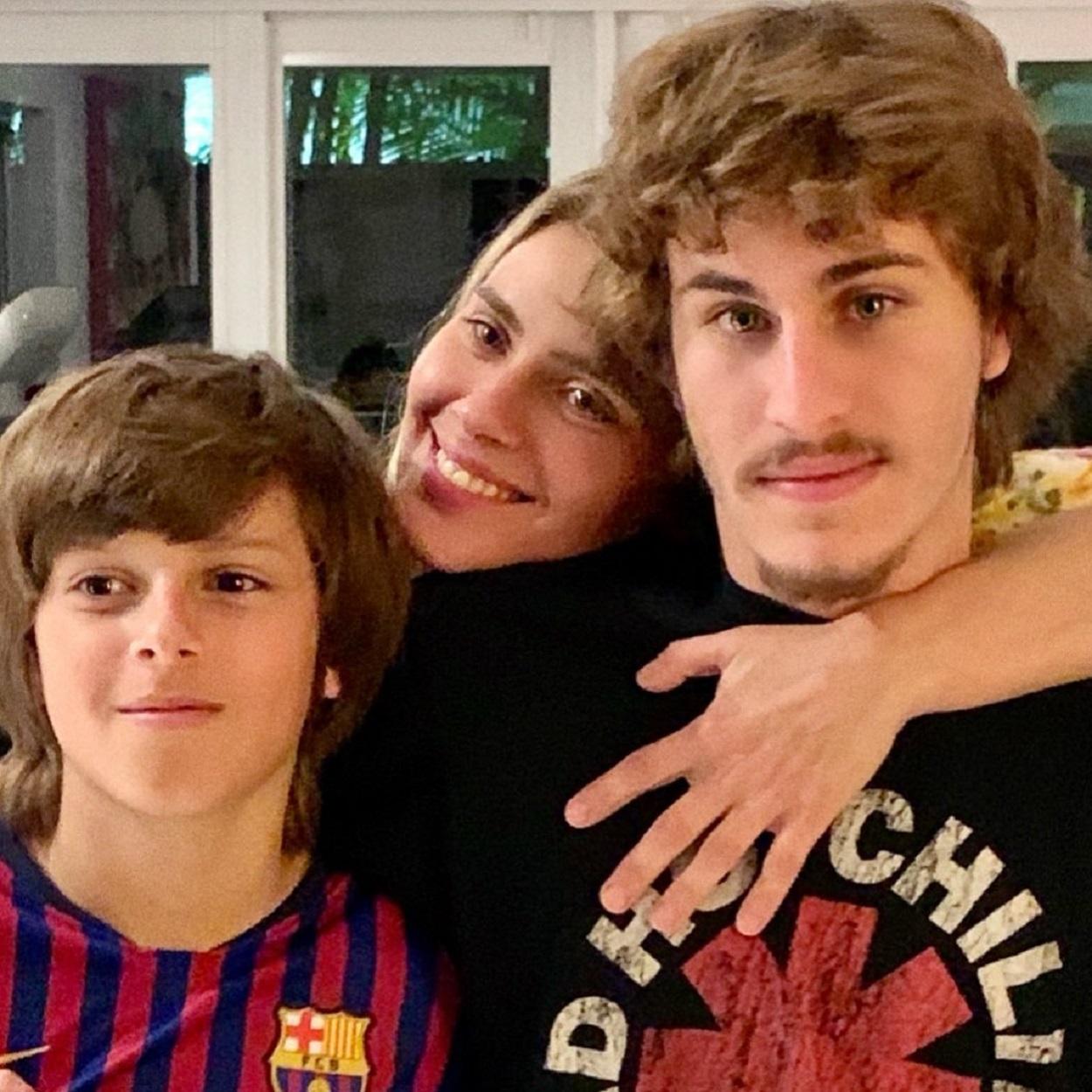 Carolina Dieckmann em família