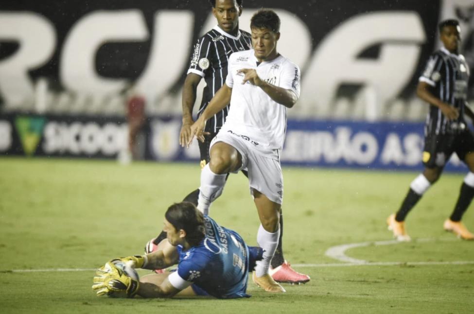 Santos vence Corinthians e mantem tabu na Vila Belmiro