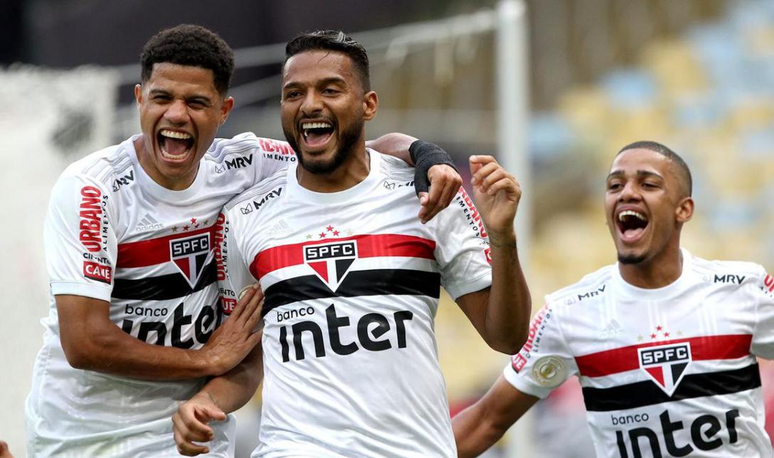 Matematicamente apenas São Paulo, Inter e Flamengo têm possibilidades de ser campeão do Campeonato Brasileiro