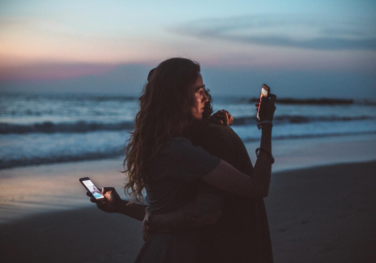 Conheça os sintomas do vício em redes sociais e como superar